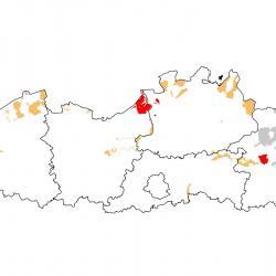 Vogelrichtlijngebieden voor Krakeend. Rood: belangrijk broed-, trek- en/of overwinteringsgebied. Oranje: broed-, trek- en/of overwinteringsgebied met kleinere aantallen.